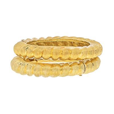 Tiffany Co TIFFANY CO 18K YELLOW GOLD TWO MATCHING VINTAGE BANGLE BRACELETS