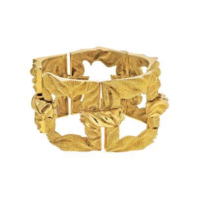 Tiffany Co TIFFANY CO CIRCA 1970S 18K YELLOW GOLD LARGE OPENLINK BRACELET