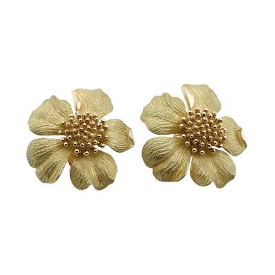 Tiffany and Co Tiffany Co Dogwood Flower 18k Gold Clip On Earrings