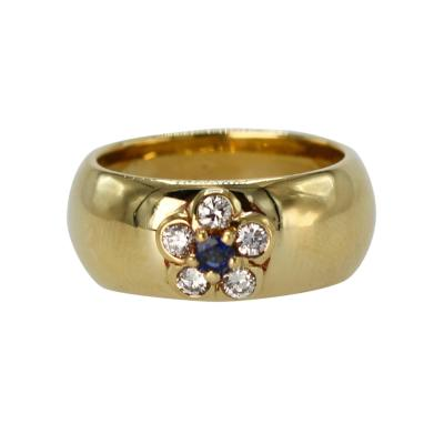 Van Cleef Arpels 18 Karat Gold Sapphire and Diamond Ring by Van Cleef Arpels France