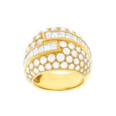 Van Cleef Arpels Fabulous VCA Diamond set Seventies Ring