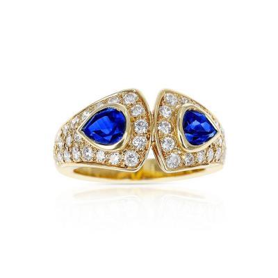 Van Cleef Arpels VAN CLEEF ARPELS DOUBLE PEAR SHAPE SAPPHIRE AND DIAMOND RING 18K YELLOW GOLD