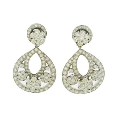 Van Cleef Arpels Van Cleef Arpels Diamond Snowflake Earrings