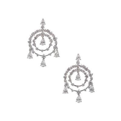 Van Cleef Arpels Van Cleef Arpels Petillante Diamond Gold Chandelier Earrings