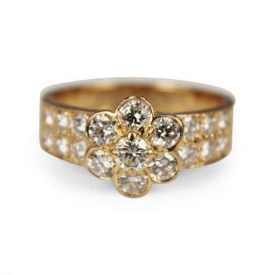 Van Cleef Arpels Van Cleef Arpels fleurette diamond ring