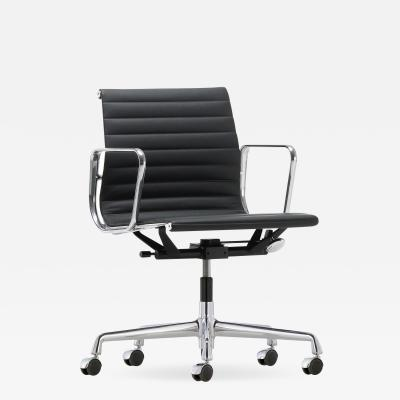 Vitra EA 117 swivel armchair mid back on casters