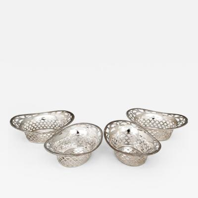 Wallace Silversmiths Inc Antique Sterling Silver nut Candy Dishes by Wallace Set of 4