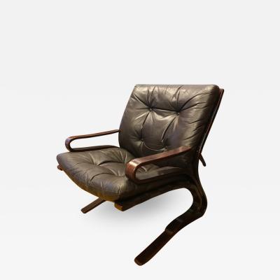Westnofa of Norway Pair of Westnofa lounge chairs