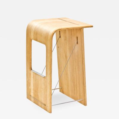 Wooda Kurvor Stool designed for Wooda by Samantha Brueggen
