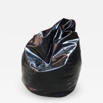 Zanotta Black plastic anatomic chair by Gatti Paolini and Teodoro for Zanotta 1968