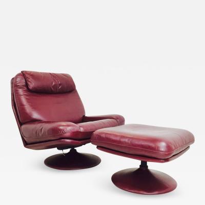 de Sede Leather Lounge Swivel Chair and Ottoman by De Sede