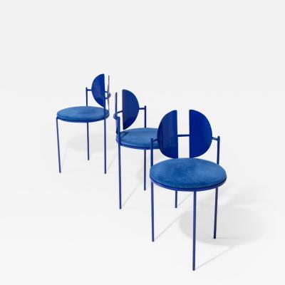 ngel Mombiedro Qoticher Chair by ngel Mombiedro