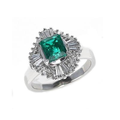 1 04 CARAT NATURAL EMERALD STEP CUT EMERALD RING WITH 0 54 CARATS OF DIAMONDS