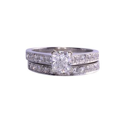1 04 Carat VS1 E Center Diamond Wedding Set