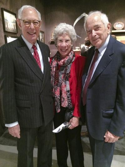 Arie Kopelman (show chairman) with Lucy and Mike Danziger (collectors)