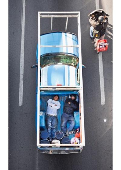 Alejandro Cartagena, Carpooler #40, 2011-12 Archival pigment print, 58 x 38 cm. Courtesy of Patricia Conde Galería, Mexico City