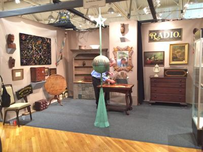 Ian McKelvey Antiques, Booth 10