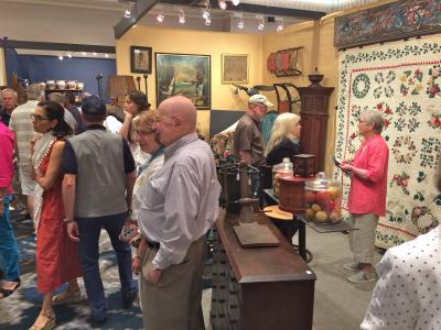 New Hampshire Antiques Dealers Show, 2017_368438