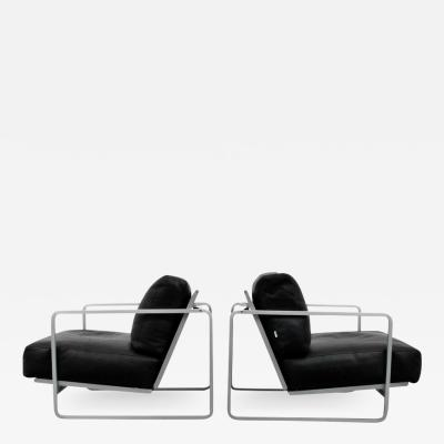 Zanotta Pair of Leather Lounge Chairs Zanotta