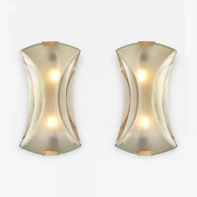 Max Ingrand Pair of Max Ingrand Wall Lamps or Sconces for Fontana Arte Model 2225