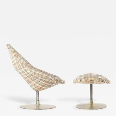 Pierre Paulin Global Lounge Chair and Ottoman Pierre Paulin