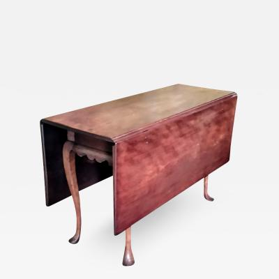 1760 70 New England Queen Anne Cherry drop leaf table
