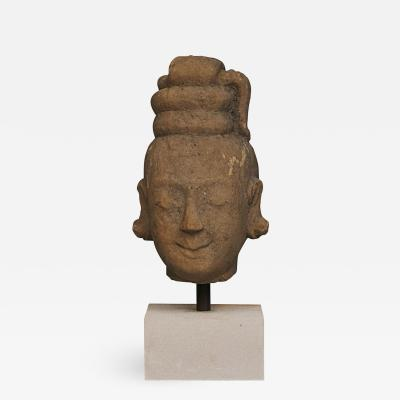 17TH 18TH CENTURY WOMANS HEAD CARVED IN SANDSTONE