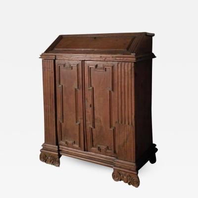 17th Century Italian Baroque Walnut Credenza or Desk