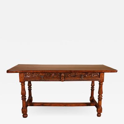 17th Century Spanish Desk Table In Walnut And Oak