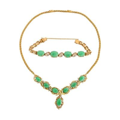 18 Karat Gold Diamonds and Chinese Jade Necklace and Bracelet Set