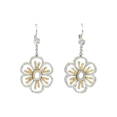 18KT TWO TONE GOLD DIAMOND HANGING FLORAL MOTIF EARRINGS