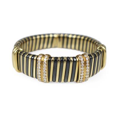 18k Gold and Diamond Set of Bangle Bracelets