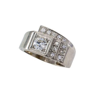 1930s Art Deco Diamond and Platinum Geometric Ring
