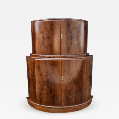 1930s Art Deco English Drinks Cabinet In Walnut