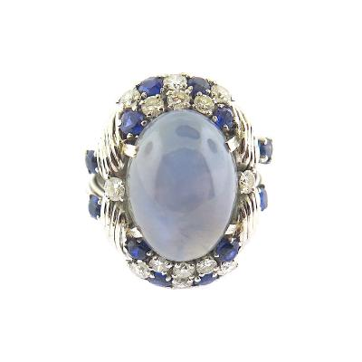 1950s Vintage Star Sapphire and Diamond Platinum Ring