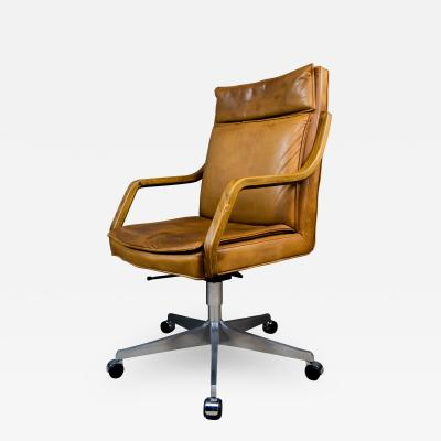 1970s Italian Office Chair in Cognac Leather Cherry Wood