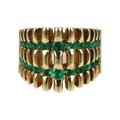 1970s funky ring with emeralds