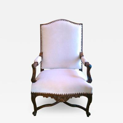19TH CENTURY REGENCE WALNUT ARMCHAIR
