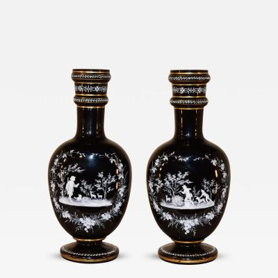 19th Century Pair of Mary Gregory Vases with Hunting Scenes