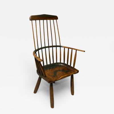 19th Century Windsor Chair of Yeoman s Proportion