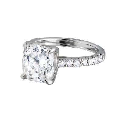 4 02 carat cushion cut diamond ring