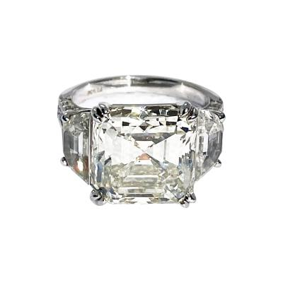8 45 Carat Square Emerald Cut Diamond Ring Platinum with 2 Flanking Half Moons