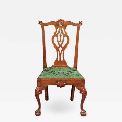 A Philadelphia walnut tassel back side chair