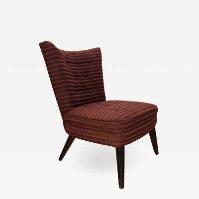 A SINGLE 1940S FRENCH BOUDOIRE CHAIR