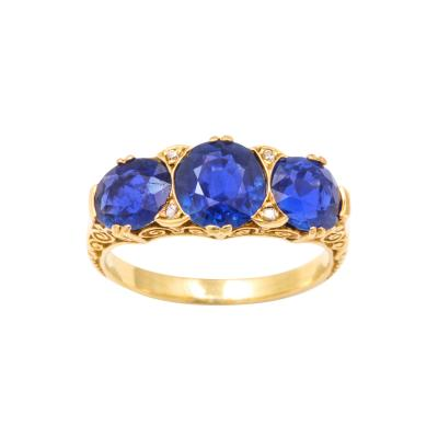 A Victorian 3 Stone Sapphire Ring