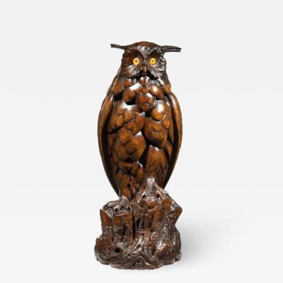 A large Black Forest Lindenwood eagle owl attributed to the Ruef Brothers