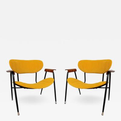 A pair of armchairs Italy 50