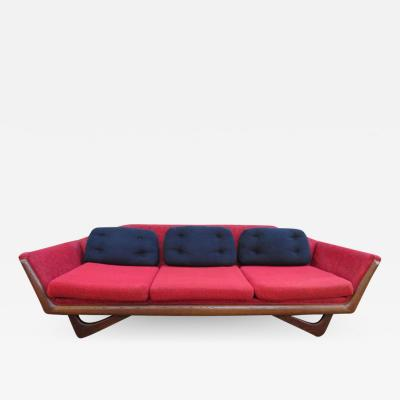 Adrian Pearsall Stylish Adrian Pearsall Style Sculptural Walnut Sofa Midcentury