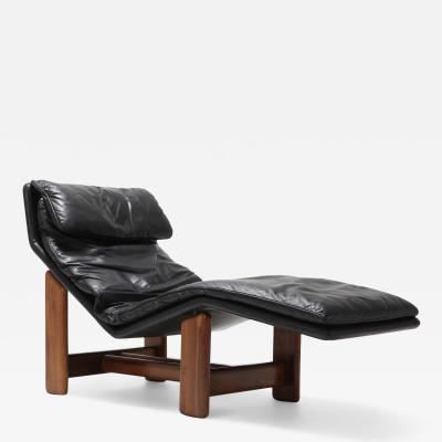 Afra Tobia Scarpa Afra Tobia Scarpa Black Leather and Walnut Lounge Chair 1980s