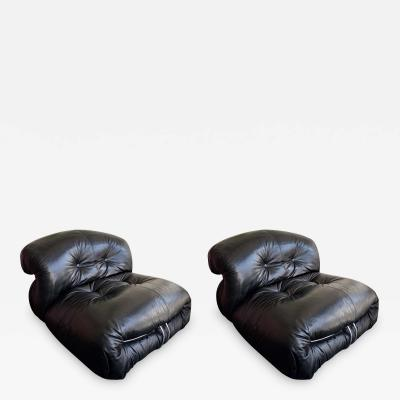 Afra Tobia Scarpa Pair of Black Leather Soriana Scarpa Cassina Lounge Chairs Italy 1970s